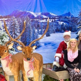 Photos with Santa - check out all of Van Belle's Events & Classes